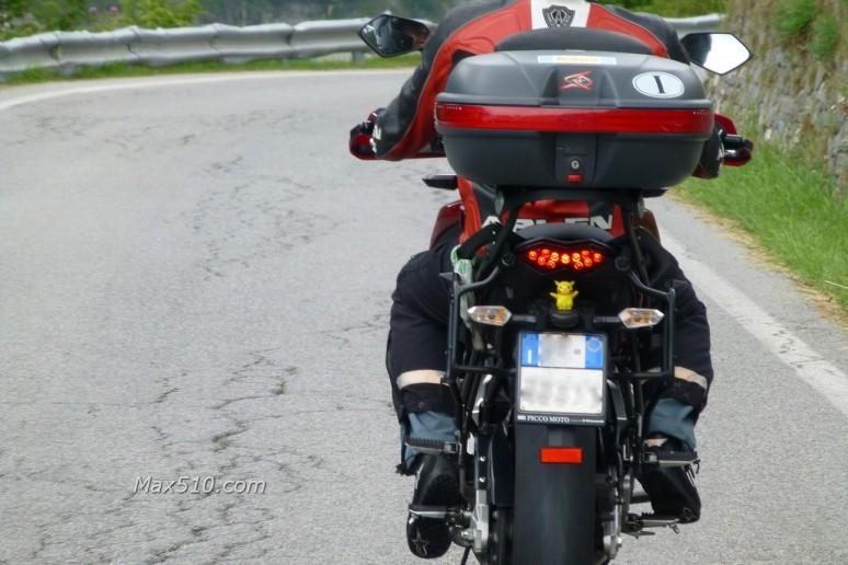 Pikachu in moto