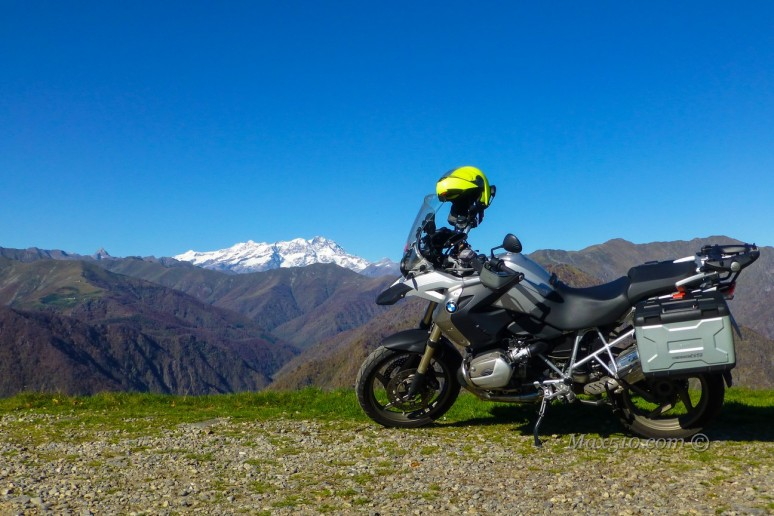 L'Argo al cospetto del Monte Rosa